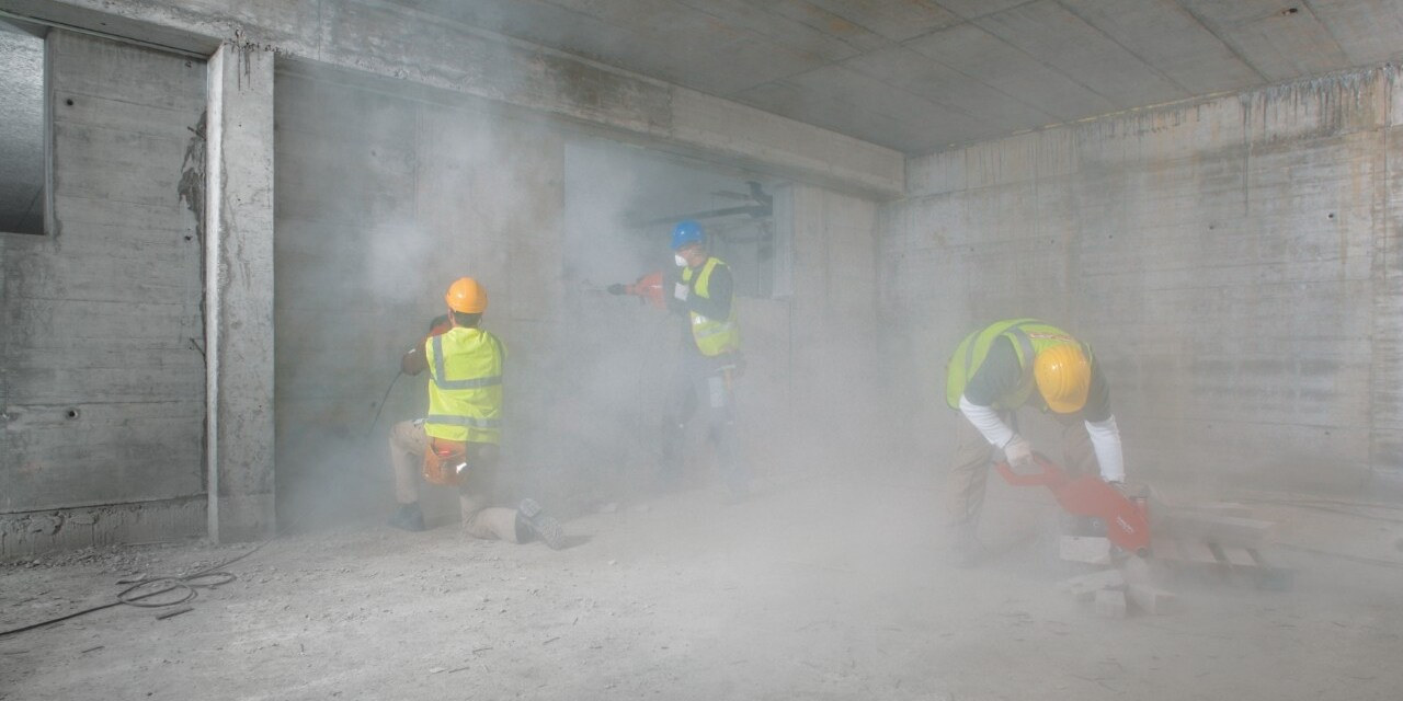 Minimizing dust on jobsite